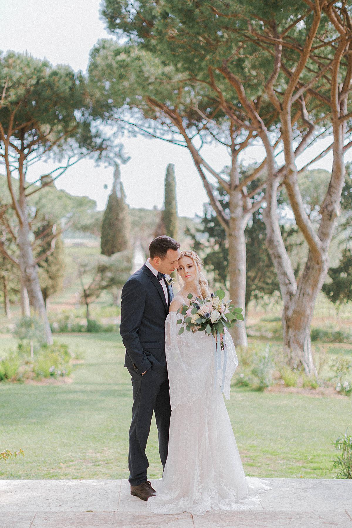 bride and groom portraits at L'Andna in Tuscany
