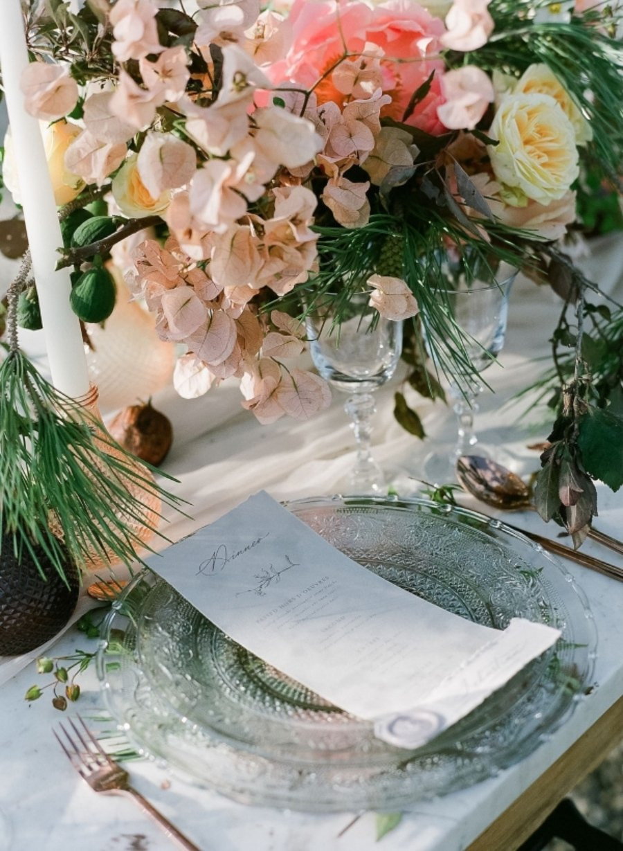 table setting for a wedding in tuscany by les anagnou photography